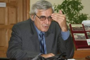 Profesorul Nicolae Oprea